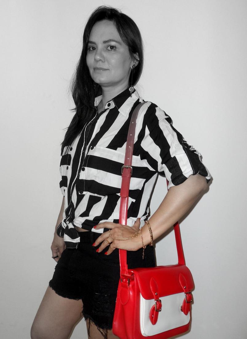 Look preto e branco com bolsa bicolor Romwe 1 (2)