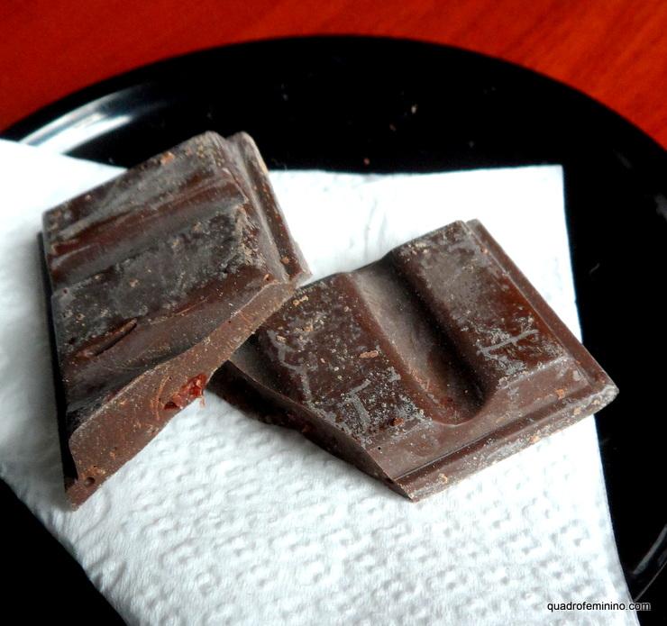 Chocolate com Cranberry cinquenta por cento de cacau da Nu3 Naturals